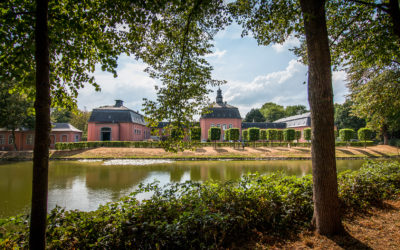 Open Air Lesungen im Schlosspark Wickrath
