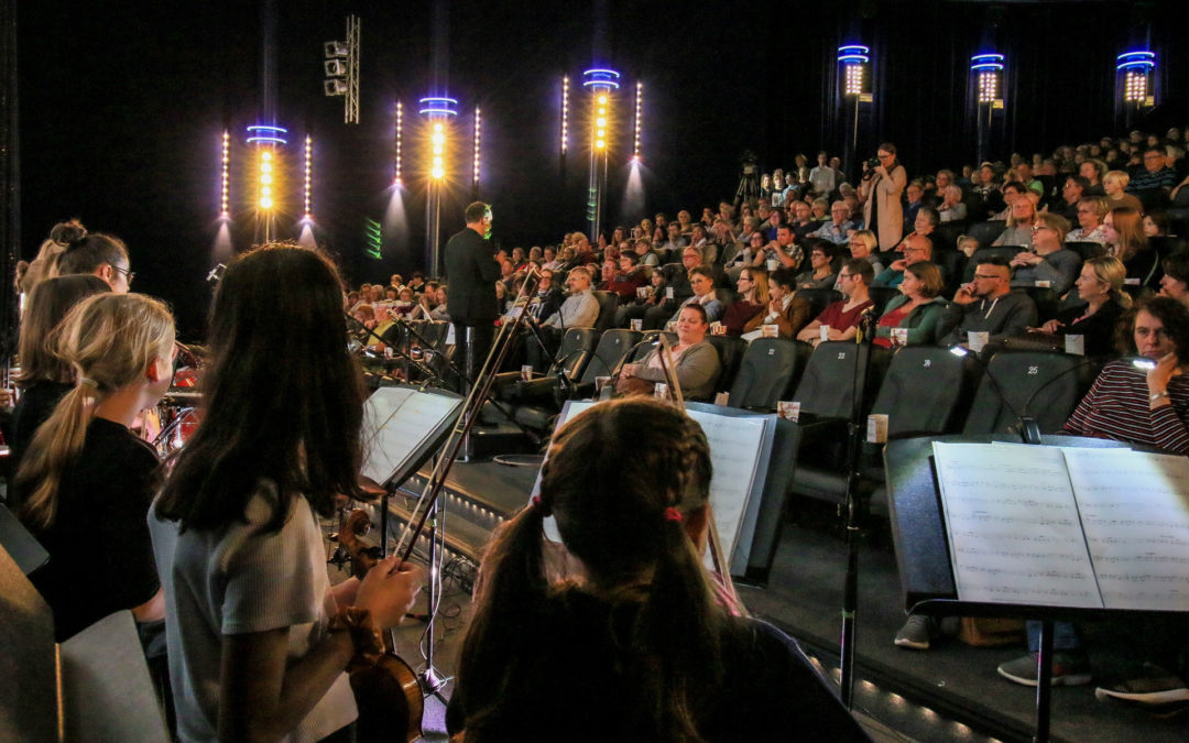 Movies in Concert - Musikschule spielt Filmmusik im Comet Cine Center