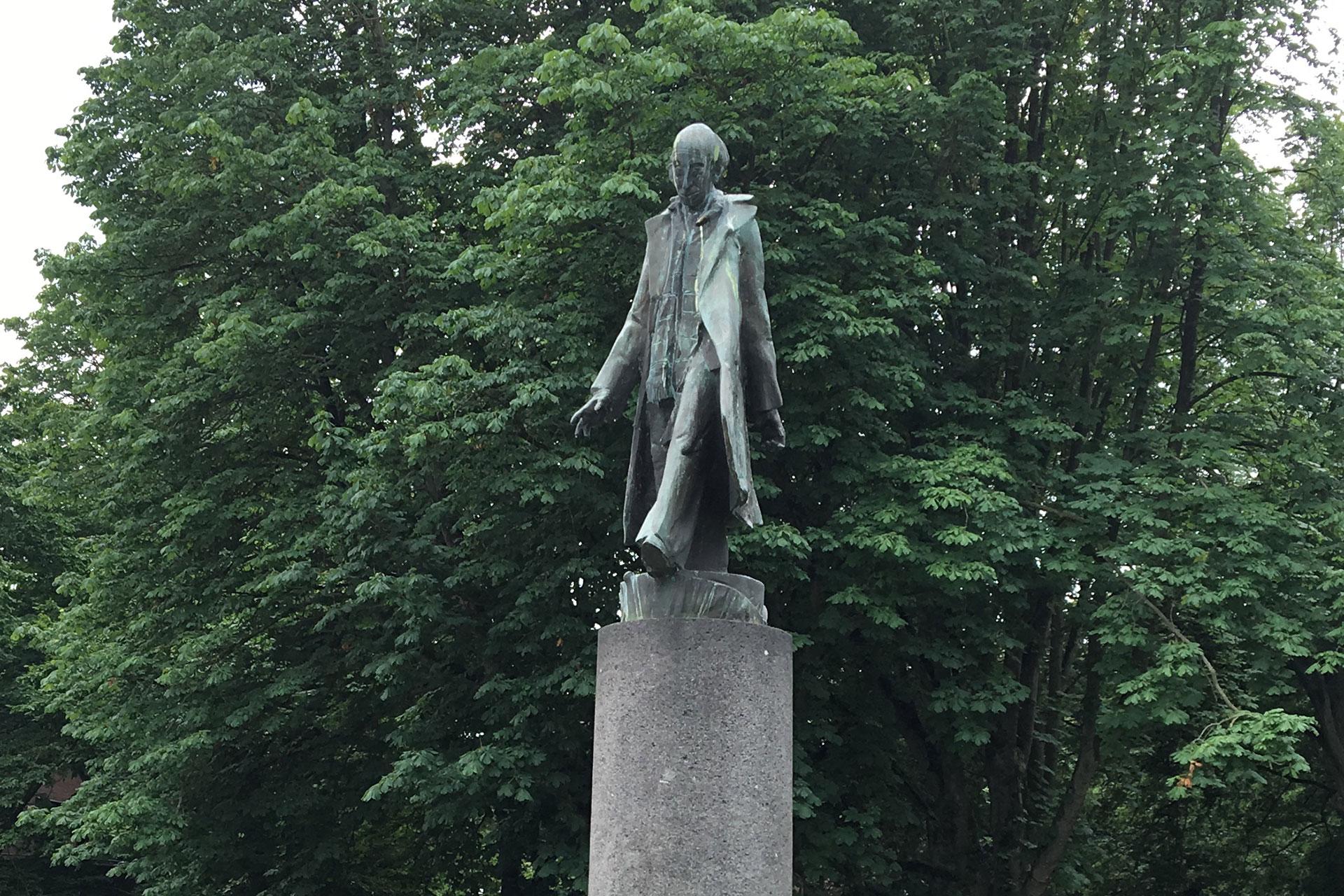 Denkmal für Hans Jonas, bedeutender jüdischer Philosoph
